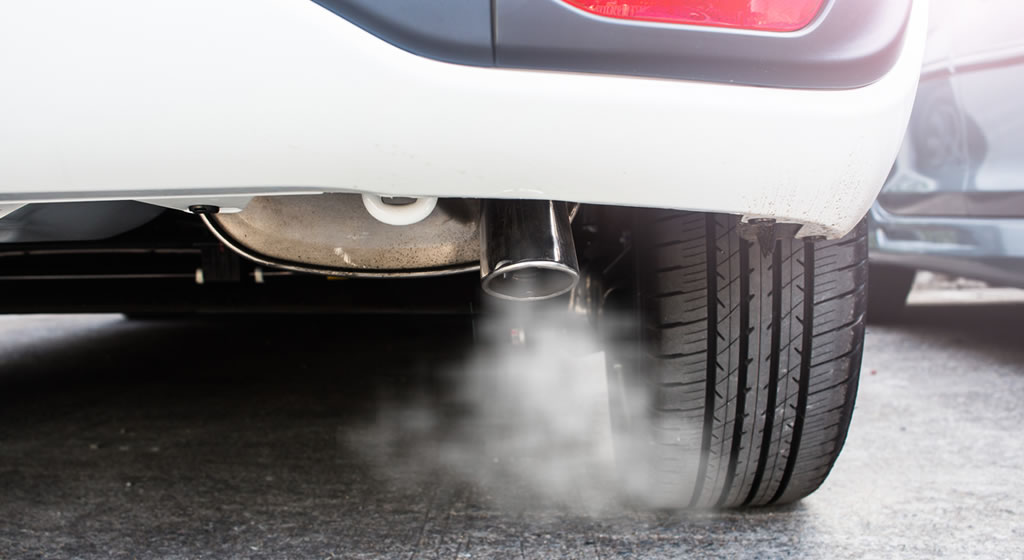 Exhaust smoke emissions – your engine's distress signal